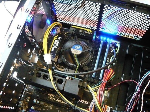 Cable management PC img 0048