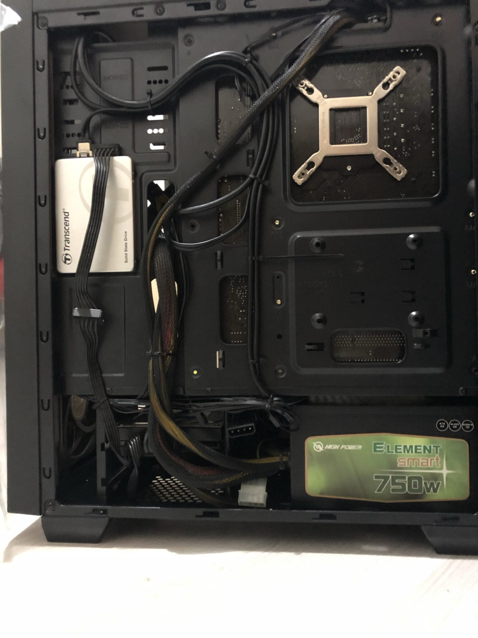 Cable management PC img 8498 scaled