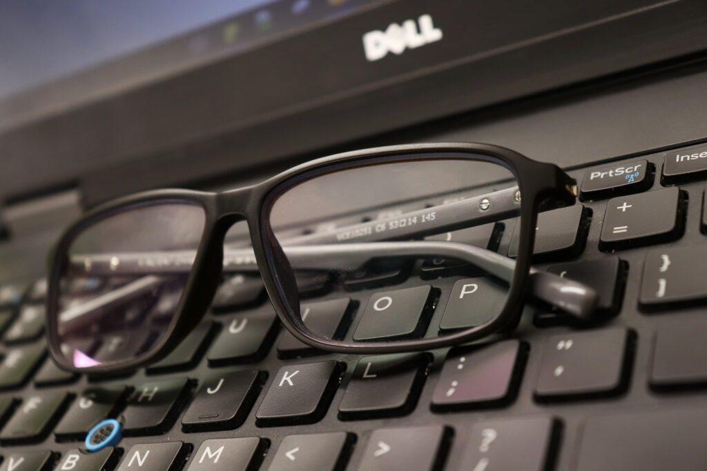 laptop sau desktop pc