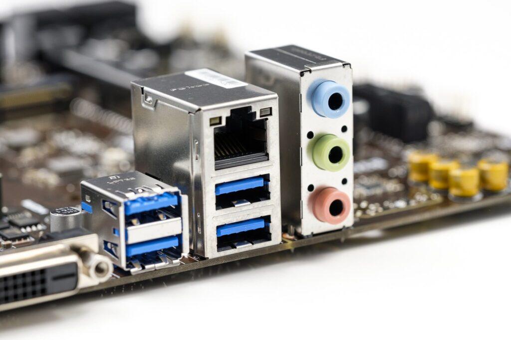 porturi USB 3.0 pe pla de baza desktop PC